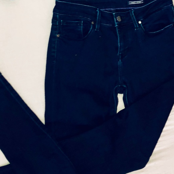 4117176c0 Tommy Hilfiger Jeans | Dark Wash Size 25 Jegging | Poshmark
